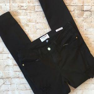 Frame Black Destroyed Skinny Jean